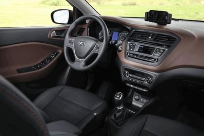 2014 Hyundai i20 19