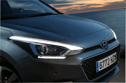 2014 Hyundai i20 35