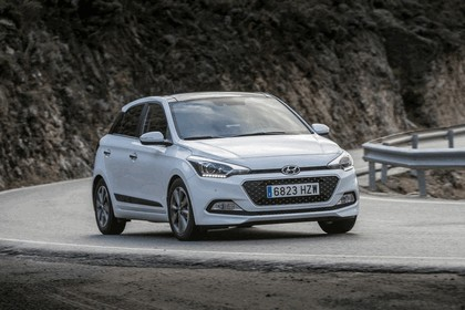 2014 Hyundai i20 53