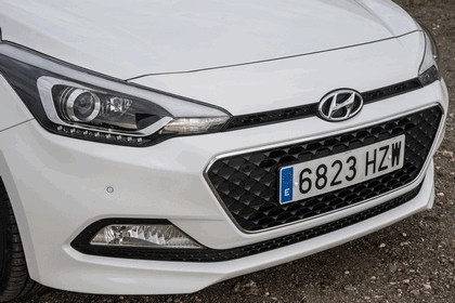 2014 Hyundai i20 81