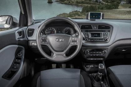 2014 Hyundai i20 94