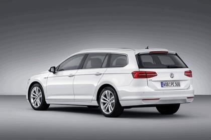 2014 Volkswagen Passat GTE SW 2