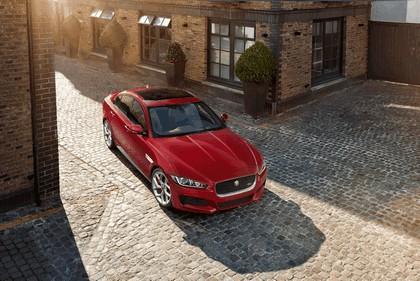 2014 Jaguar XE-S 8