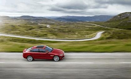 2014 Jaguar XE-S 14