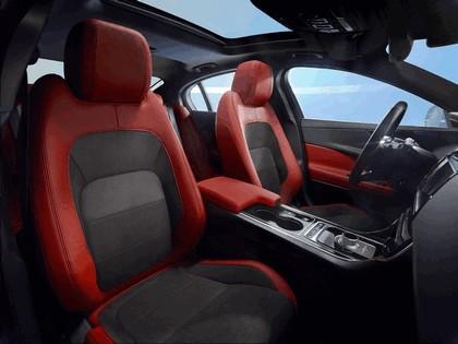 2014 Jaguar XE-S 24