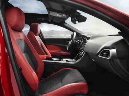2014 Jaguar XE-S 26