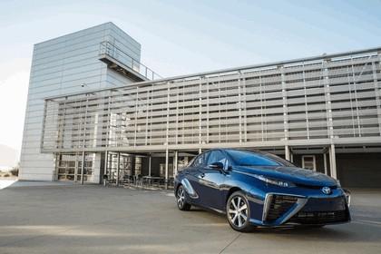 2015 Toyota Mirai 9
