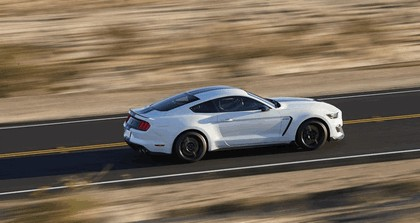 2015 Ford Mustang Shelby GT350 25