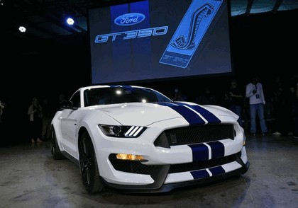 2015 Ford Mustang Shelby GT350 40