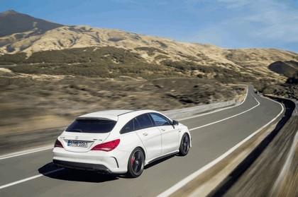2014 Mercedes-Benz CLA 45 AMG Shooting Brake 4