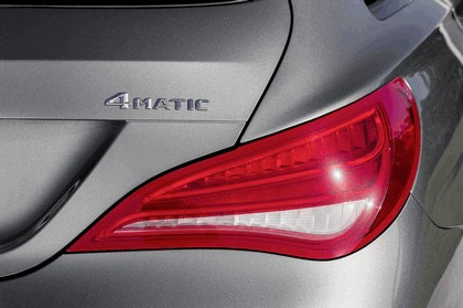 2014 Mercedes-Benz CLA 250 4Matic Shooting Brake 11