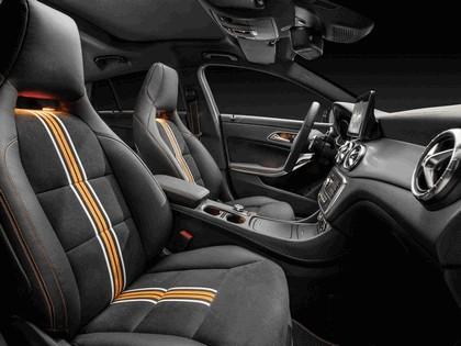 2014 Mercedes-Benz CLA 250 4Matic Shooting Brake 17