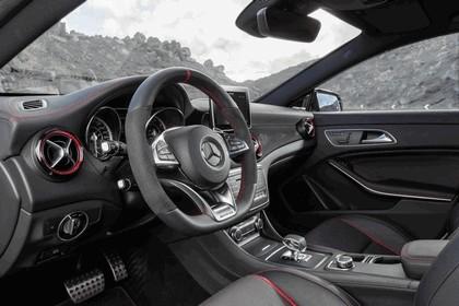 2014 Mercedes-Benz CLA 250 4Matic Shooting Brake 20