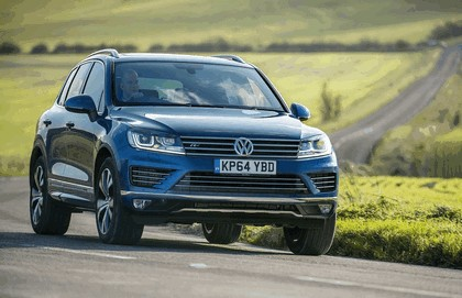 2014 Volkswagen Touareg R-Line - UK version 1