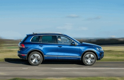 2014 Volkswagen Touareg R-Line - UK version 9