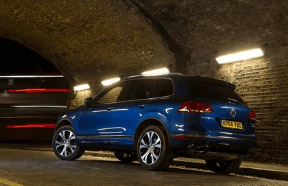 2014 Volkswagen Touareg R-Line - UK version 15