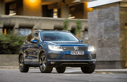 2014 Volkswagen Touareg R-Line - UK version 16