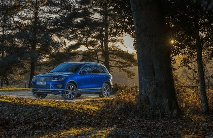 2014 Volkswagen Touareg R-Line - UK version 21