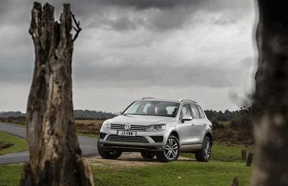 2014 Volkswagen Touareg SE - UK version 4