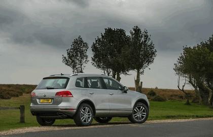 2014 Volkswagen Touareg SE - UK version 5