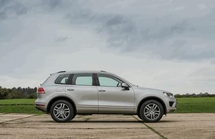 2014 Volkswagen Touareg SE - UK version 8