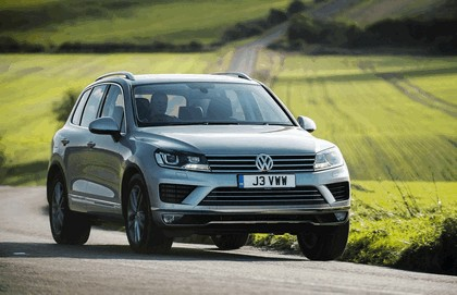 2014 Volkswagen Touareg SE - UK version 14