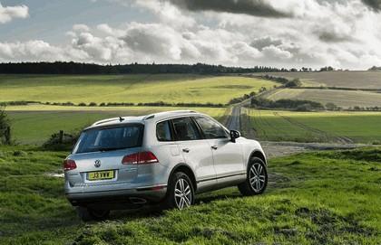2014 Volkswagen Touareg SE - UK version 23