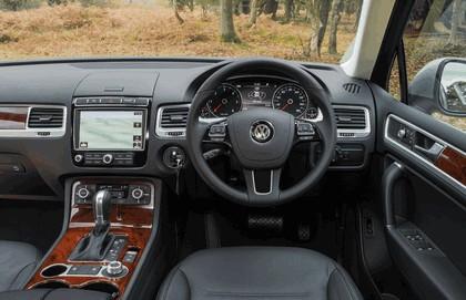 2014 Volkswagen Touareg SE - UK version 26