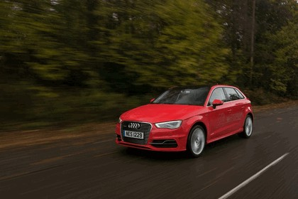 2015 Audi A3 Sportback e-tron - UK version 36
