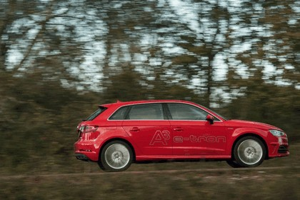 2015 Audi A3 Sportback e-tron - UK version 40
