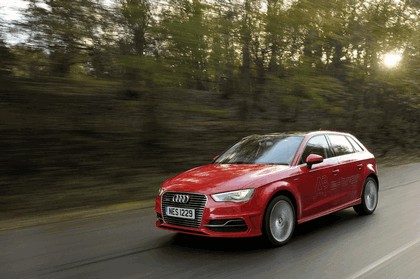 2015 Audi A3 Sportback e-tron - UK version 43