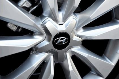 2015 Hyundai Azera 18
