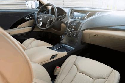 2015 Hyundai Azera 25