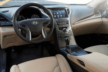 2015 Hyundai Azera 26