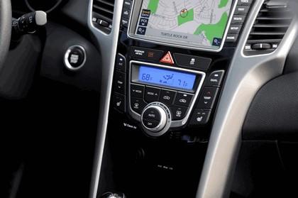 2015 Hyundai Elantra GT 16