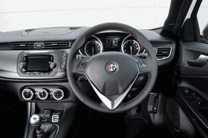 2014 Alfa Romeo Giulietta Sprint - UK version 5