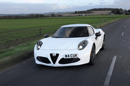 2015 Alfa Romeo 4C - UK version 4