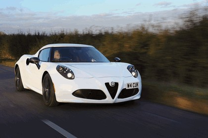 2015 Alfa Romeo 4C - UK version 5