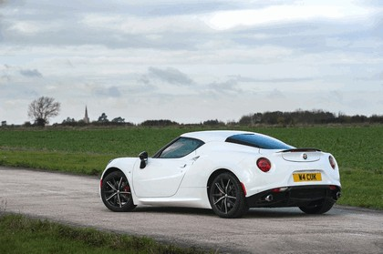 2015 Alfa Romeo 4C - UK version 27