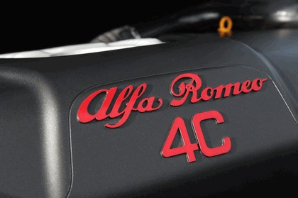 2015 Alfa Romeo 4C - UK version 45