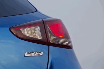 2014 Mazda 2 40