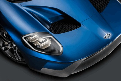 2015 Ford GT 14