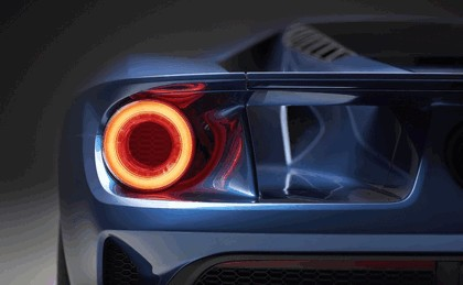2015 Ford GT 18