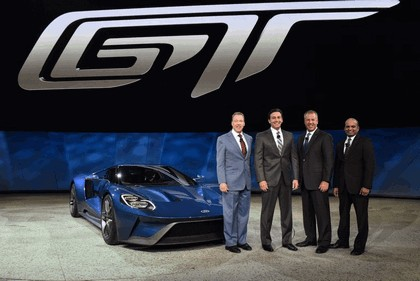 2015 Ford GT 25