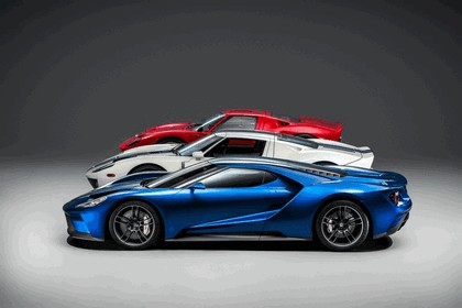 2015 Ford GT 32