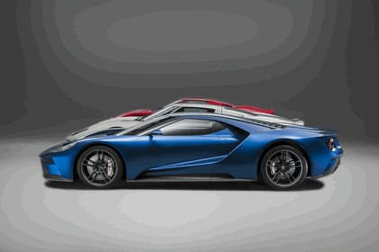 2015 Ford GT 33