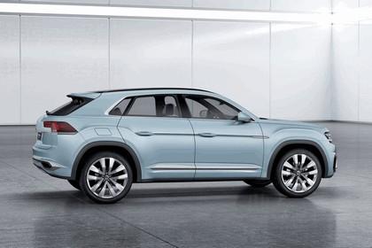 2015 Volkswagen Cross Coupé GTE 8