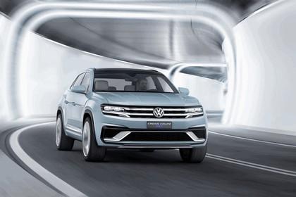 2015 Volkswagen Cross Coupé GTE 10