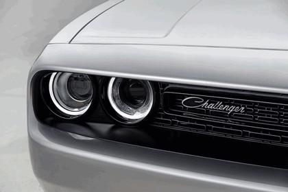 2015 Dodge Challenger Shaker 18