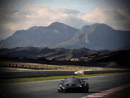 2015 McLaren P1 GTR - test car 8